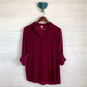 Splendid Cranberry Red Roll Tab Sleeve Blouse
